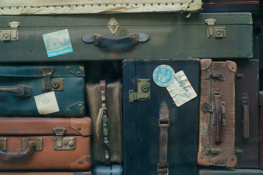 baggage-2597666_1280
