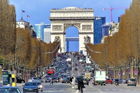 主流はマニュアル車!?フランスの車・道路事情、知ってる?